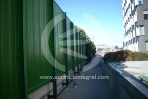 Acoustic barrier: highway noise